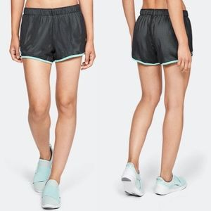 NWT Under Armour Women's Play Up Reversible Shorts